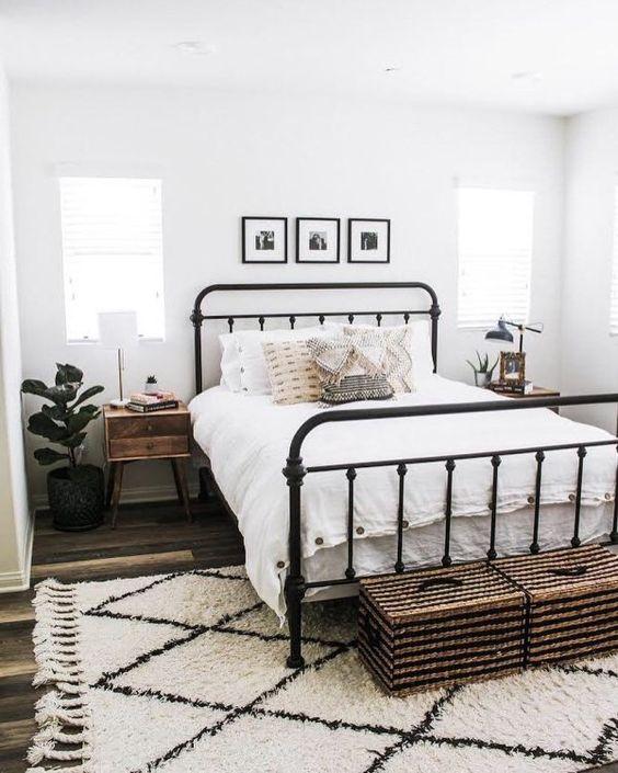 farmhouse bedroom decor 20
